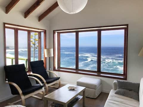 Comfortable and cozy house, ocean view, condo