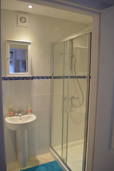 En-suite bathroom and shower
