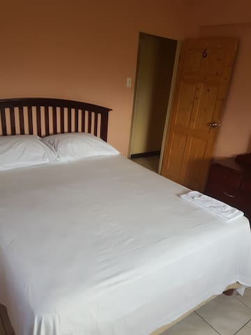 River View Guest House Room 6