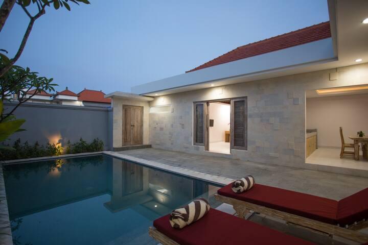 Luxury Villa, near to the beach & Hot Spots