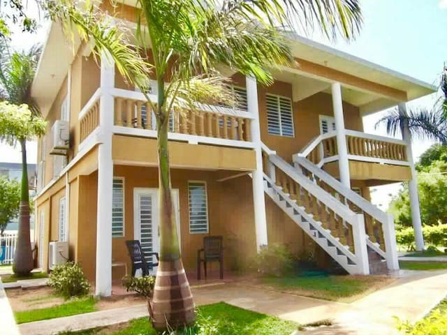 Beach front apartments- Mitchell by the Sea - Guánica - Apartment