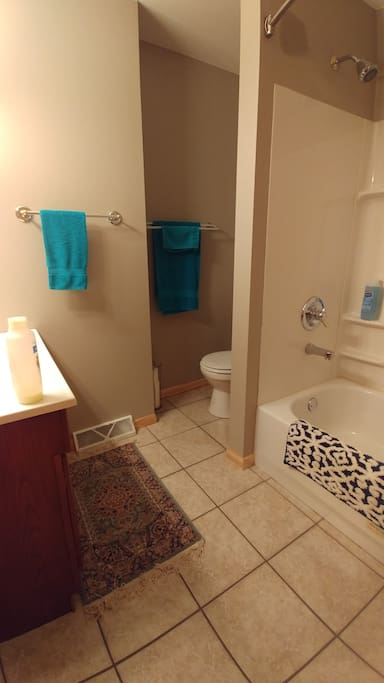 Full Bath.  Access from Master Bedroom, and Hall