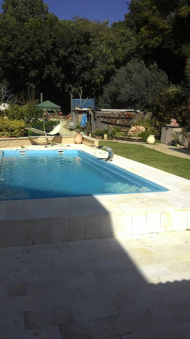 Private swimming pool, available during the day and the night.
