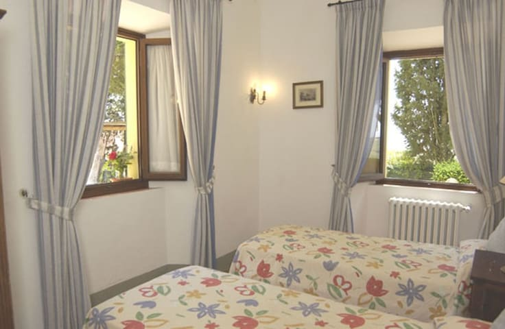 B&B IN VILLA - TUSCAN HILLS (C2) - Bucine - Bed & Breakfast