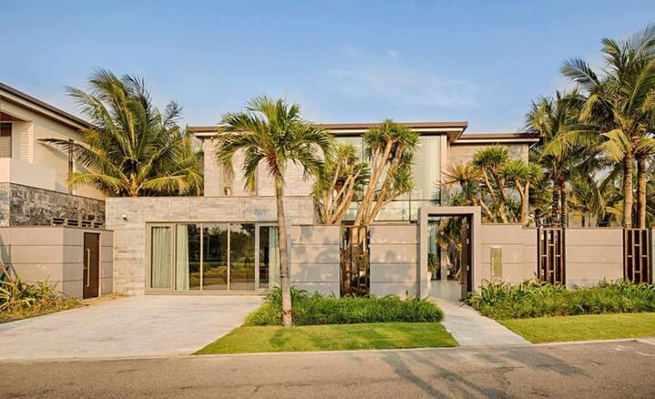 6BR~Luxury Villa for Group - 5* The Ocean Resort