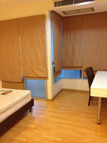 2 bedrooms apartment,Great location