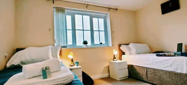 Reeves Apartment | 2 bedrooms 2 baths