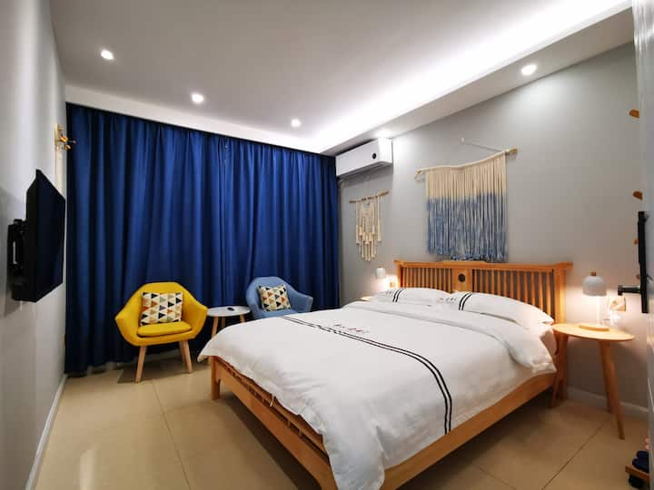 航空路一室一卫北欧简约带30平方休闲大厅,可休憩,可闲聊,可停车,满2房可接站