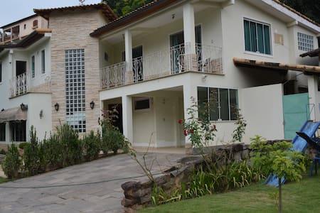 Casa em Miguel Pereira Conforto e Tranquilidade - Miguel Pereira - Casa