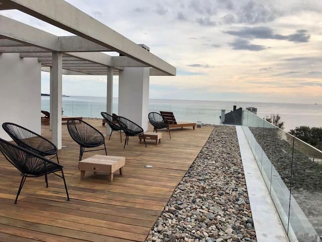 Depto. exclusivo, ideal para relax! Frente al mar.