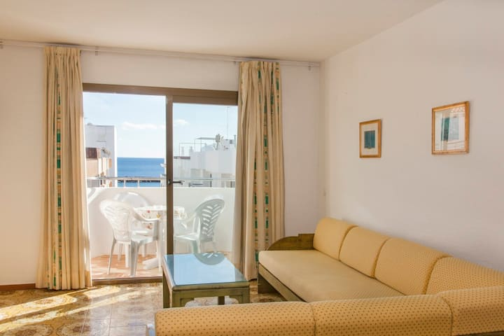 Apartment for 4 people. in Ibiza