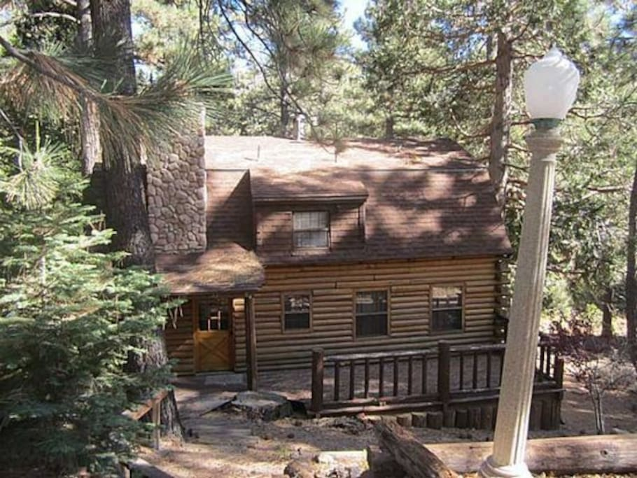 Log cabin near ski resorts big bear snow valley m kit for Big bear 2 person cabin
