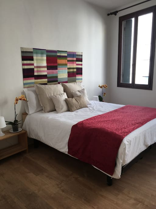 nice private room with double bed