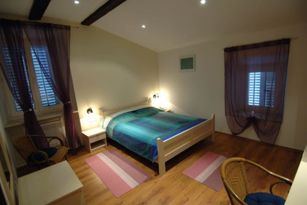 room number 4
