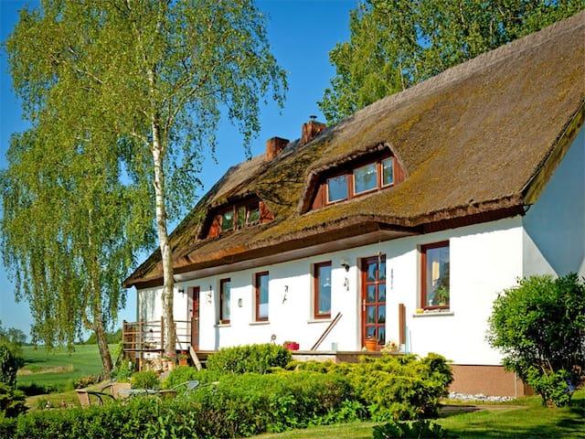 FeWo Boddenblick auf Insel Rügen - Putbus - Apartment