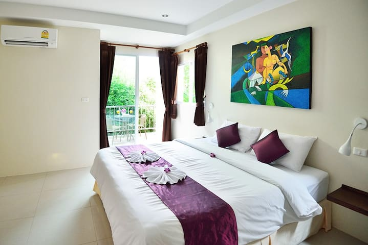 AT KAMALA Deluxe Double Room Only 2 - Kathu - Pis