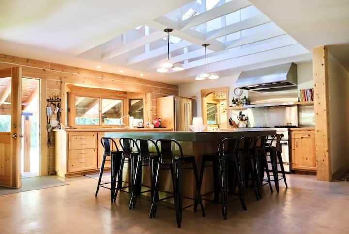 Sun Valley / Ketchum Modern Wood Cabin Getaway