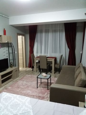 Mamaia Summerland Studio, 40m from the beach - Constanța - Departamento