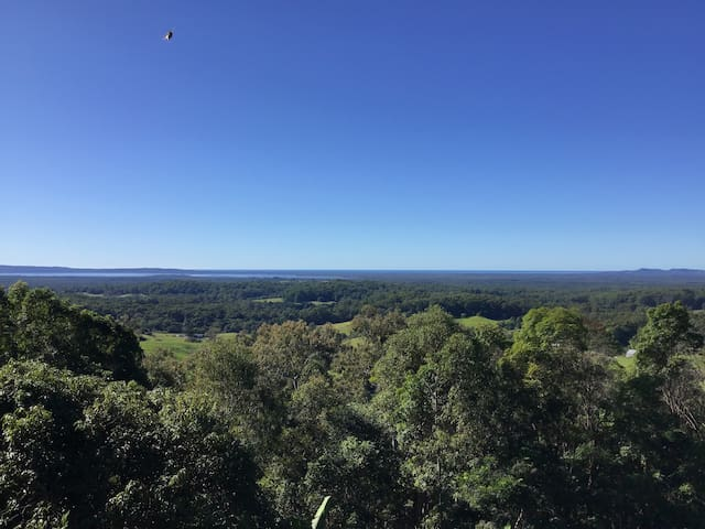 Noosa Hinterland Home with Amazing Ocean Views