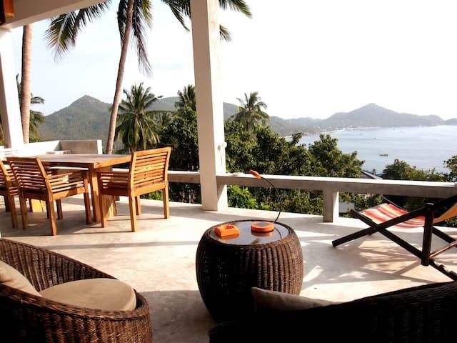 The Bungalove. Design Villa Koh Tao