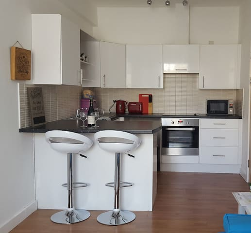 Contemporary fun Pad near Newquay & Padstow