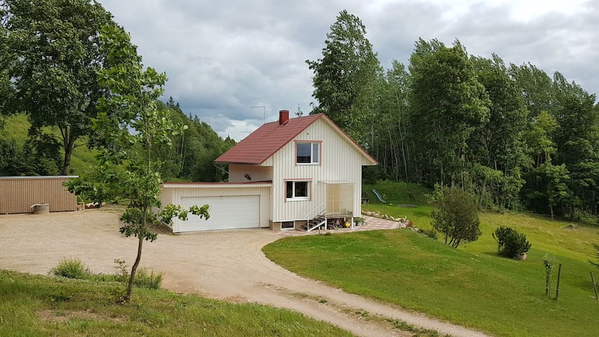3 bedroom house close to Otepää