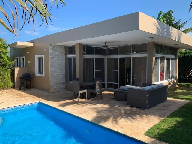 Villa moderna en Casa Linda, Sosua.