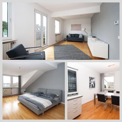 Helle Wohnung mit großer Terrasse - Düsseldorf - Appartement