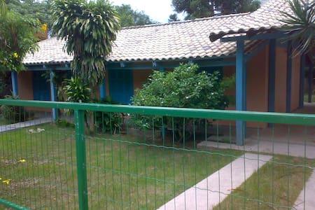 Quarto em Casa na Praia do Campeche - Florianópolis - Casa