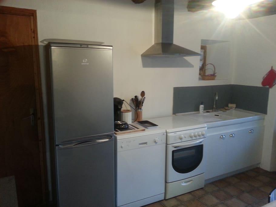 cuisine équipée lave vaisselle