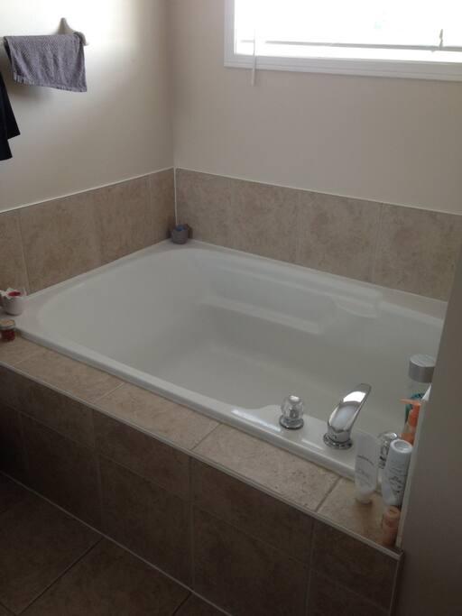 Brooklin Ontario Room For Rent