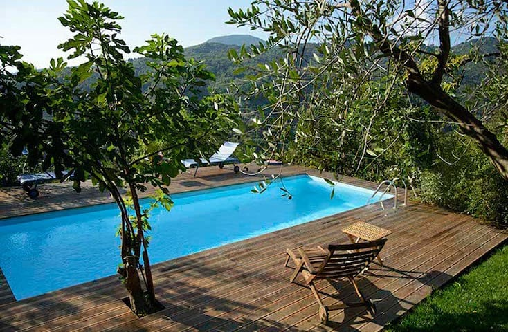 Lovely country house in Liguria