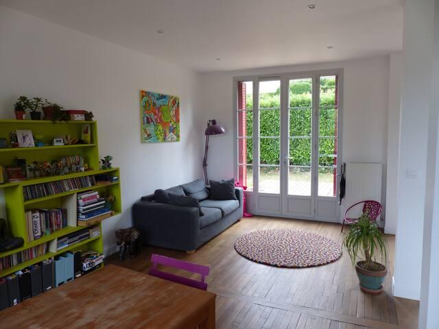 Maison familiale, 45 mn de Paris, 35 de Versailles