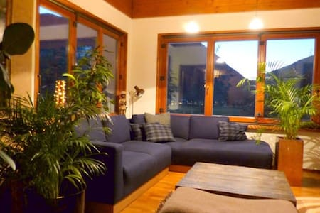 Charming Alpine Holiday Home - Maishofen
