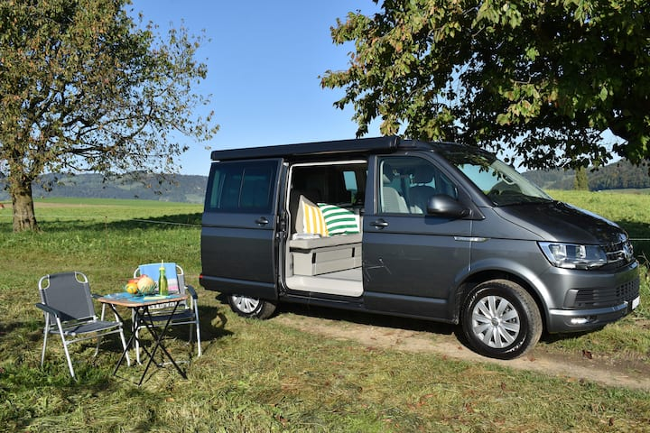 Enjoy in Switzerland with my Camper California