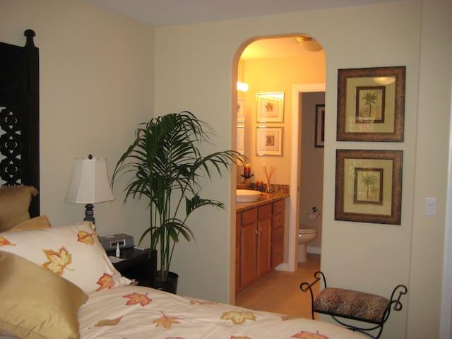Master bedroom suite with bathroom (shower)