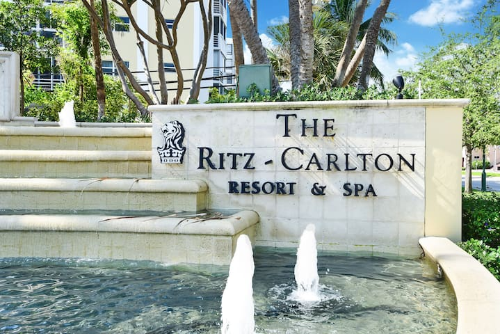 AMAZING APARTMENT AT THE RITZ CARLTON