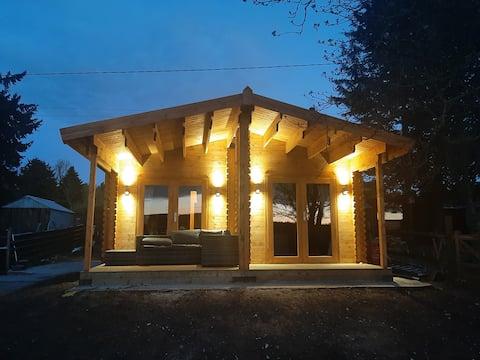 Bishy Barnabees Country Lodge.