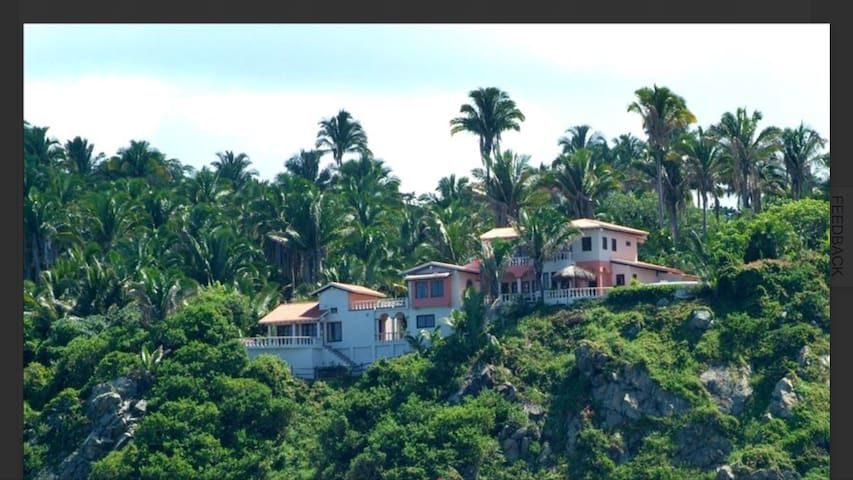 Oceanfront Villa with private beach In San Pancho