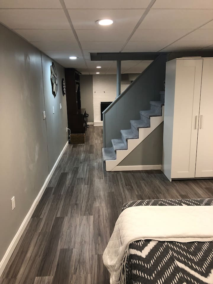 Newly renovated private apartment