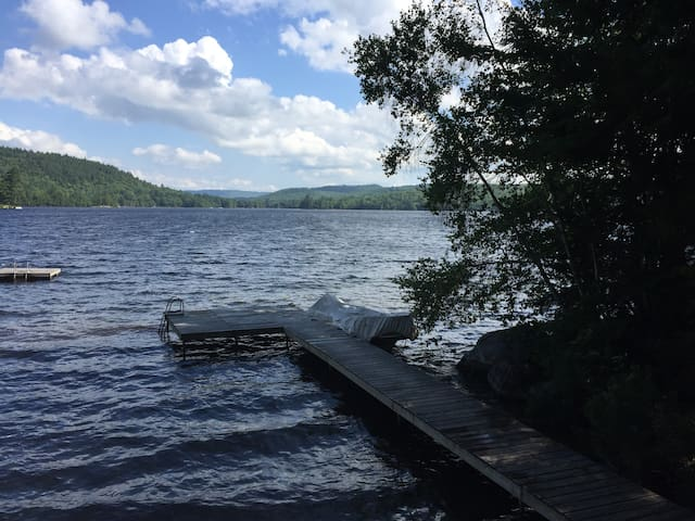 Maine Cabin on beautiful Lake Keewaydin - Stoneham - Hus