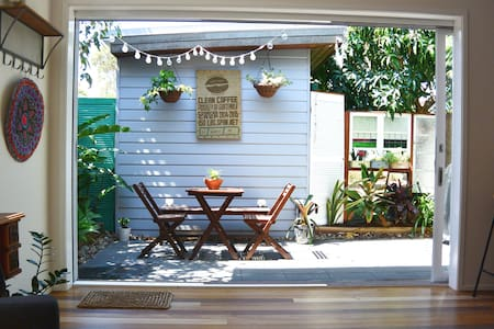 The Cosy Junkyard  - Eclectic, light and bright - Lennox Head