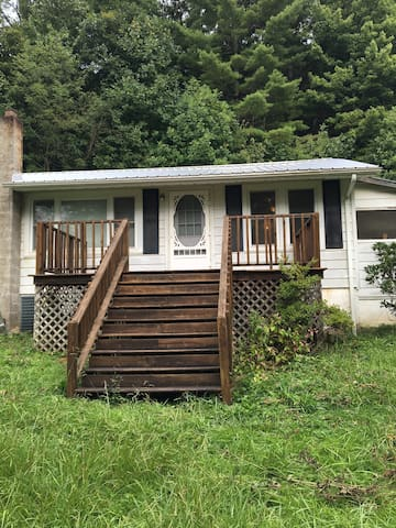 Jutts Creek Cottage