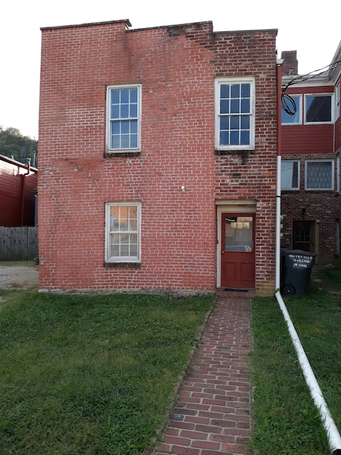 1st Armstrong Row House APT# 1A historic maysville
