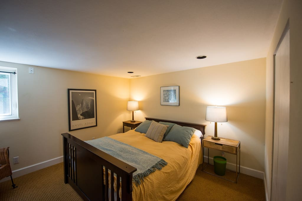 Sunlit 1 Bedroom Apartment Flats For Rent In Seattle Washington United States