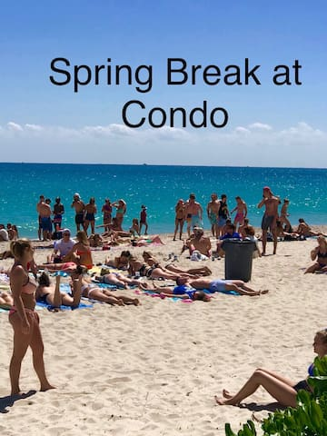 Fort Lauderdale beach favorite place for spring breakers