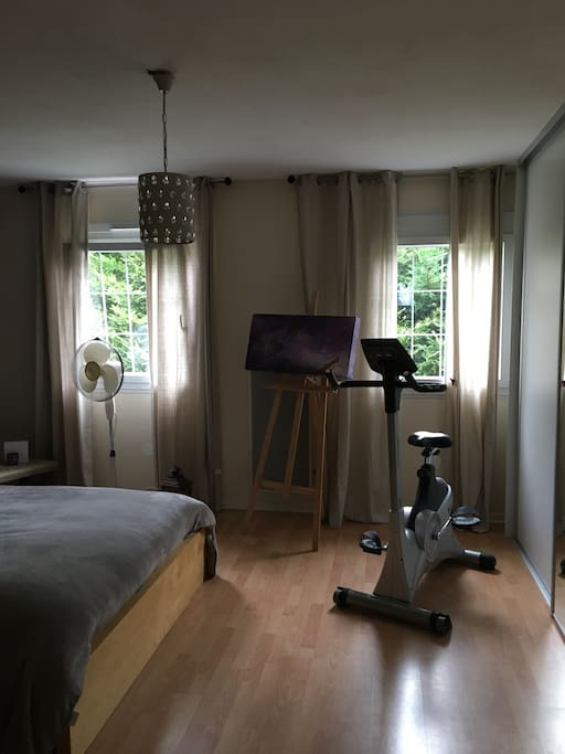 Chambre spacieuse, 30m2 lumineuse,