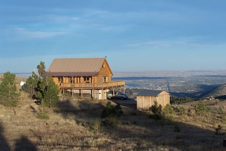 Rustic log cabin, great views, near Ned and Bouldr - Boulder - Ev