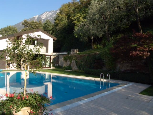 Villa Dismero-An oasis of luxury and privacy