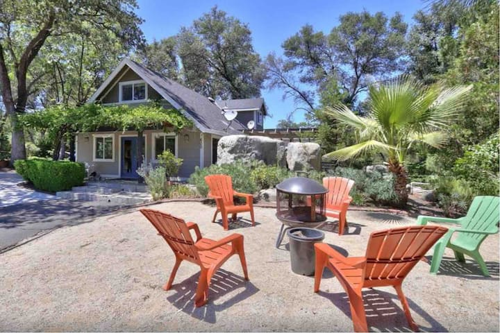 Ophir Inn, Cottage in the Country